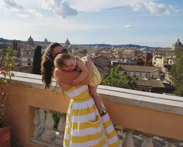 yellow stripe over rome